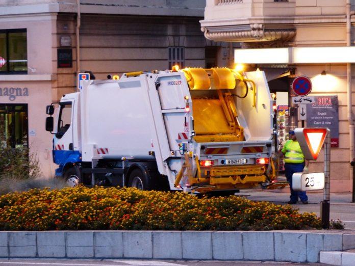 gestione rifiuti roma ama